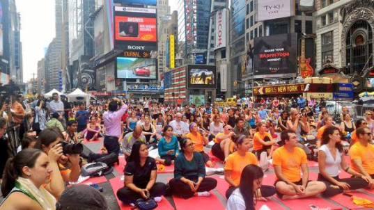 Нью Йорк, Международный день Йоги